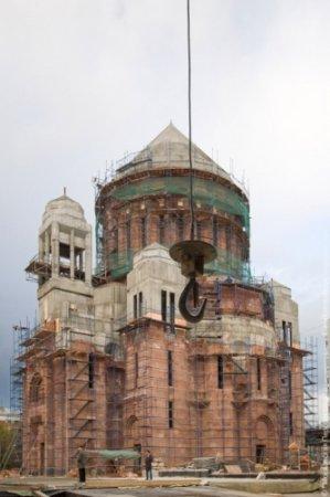 В Москве строят армянскую церковь.