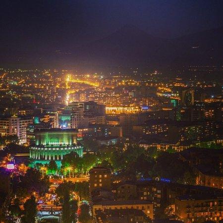 ФОТО ДНЯ 12.10.2014 - «Эребуни-Ереван 2796»