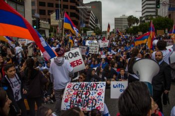 В Лос-Анджелесе прошла акция протеста против агрессии Азербайджана