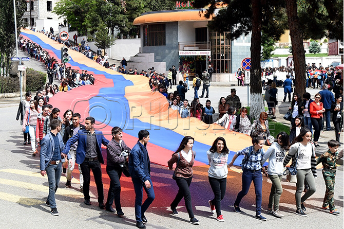 Шуши и Степанакерт отмечают 24-ю годовщину освобождения Шуши