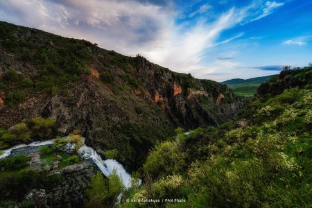 Herher waterfall, Armenia