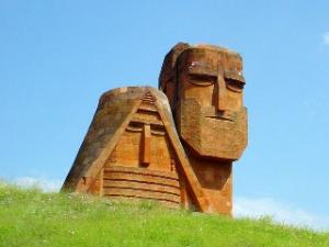 25-летие независимости Арцаха решено отметить скромно