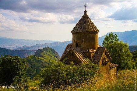 Монастырь Цахац Кар, Армения