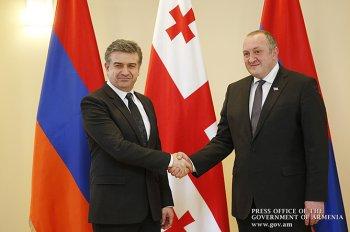 Премьер Карапетян пригласил своего грузинского коллегу посетить Ереван с официальным визитом