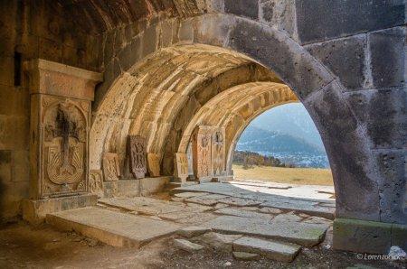 Хачкары в Ахпате