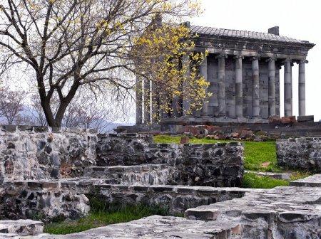Языческий Храм Гарни, Армения